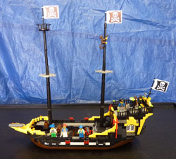 LEGO Super Size Pirate Ship